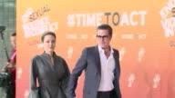 El actor estadounidense Brad Pitt se sumo este jueves a su companera Angelina Jolie en la conferencia que preside en Londres para acabar con la...