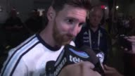 El astro Lionel Messi anuncio su retiro de la seleccion argentina tras la derrota ante Chile en la Copa America Centenario