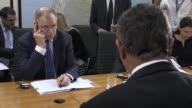 El comisario europeo de Salud y Seguridad Alimentaria Vytenis Andriukaitis afirmo que la UE mantiene abierto el tema por la carne brasilena...