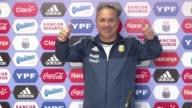 El designado entrenador de la seleccion argentina de futbol para los Juegos Olimpicos Julio Olarticoechea admitio la resistencia de los clubes a...