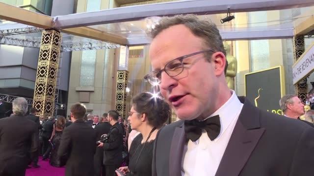El drama periodistico Spotlight dio la sorpresa el domingo al llevarse el Oscar a la Mejor pelicula durante una gala que consagro la carrera del...