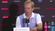 El entrenador de Estados Unidos Jurgen Klinsmann se saco el sombrero ante la actuacion del astro Lionel Messi y dijo que Argentina dio una leccion a...