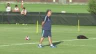 El entrenador de la seleccion argentina Gerardo Martino renuncio este martes a su cargo debido a la desorganizacion de la asociacion de futbol y por...
