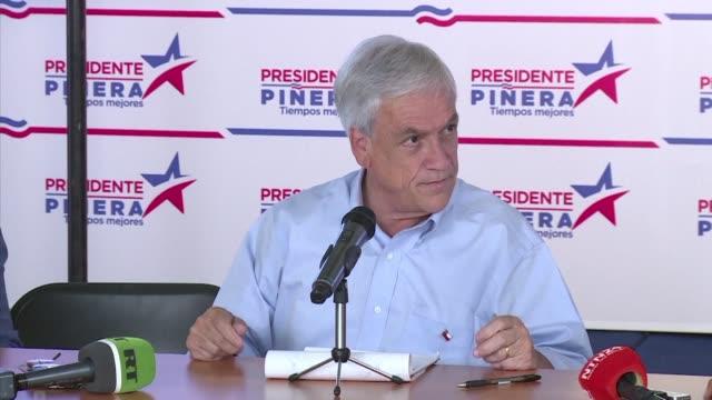 El exmandatario derechista y candidato a la presidencia de Chile Sebastian Pinera buscara apelar al centro moderado para ganar la segunda vuelta del...