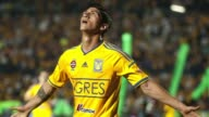 El futbolista mexicano Alan Pulido del Olympiacos de Grecia y exintegrante de la seleccion de su pais fue secuestrado en la madrugada de este domingo...