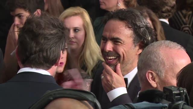El mexicano Alejandro Gonzalez Inarritu consigue su primer Oscar a Mejor director por Birdman que tambien se hace con la estatuilla a Mejor pelicula...