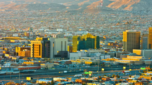 El Paso and Ciudad Juarez early in the morning