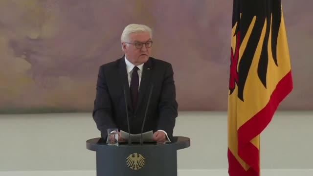 El presidente aleman Frank Walter Steinmeier exhortó el lunes a la clase política a reanudar negociaciones para formar gobierno rechazando de momento...