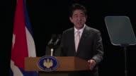 El primer ministro de Japon Shinzo Abe pidio el viernes el apoyo de Cuba para lograr un mundo sin armas nucleares y condeno las provocaciones de...