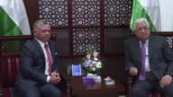 El rey Abdala II de Jordania expreso el lunes su apoyo a los palestinos e insto a Estados Unidos a intensificar sus esfuerzos en favor del proceso de...
