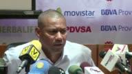 El seleccionador de futbol de Venezuela Noel Sanvicente asumio este viernes la responsabilidad de las derrotas en las dos primeras fechas de la...