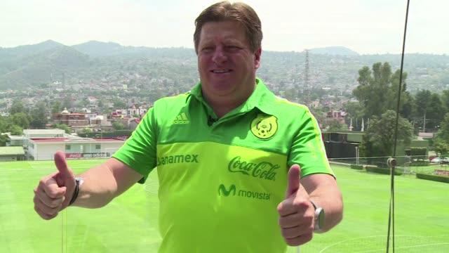El seleccionador Miguel Piojo Herrera dijo el jueves en una entrevista con la AFP que MExico tiene un equipo solido para demostrar que puede competir...