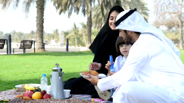 PANNING: Emirati family having a picnic