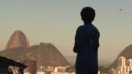 En 2008 la favela de Santa Maria en el corazon de Rio de Janeiro fue la primera en ser pacificada con un giro en las estrategias de seguridad el...