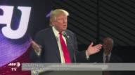 En clara busqueda del voto evangelico Donald Trump precandidato presidencial por el Partido Republicano se declaro protector de los cristianos...