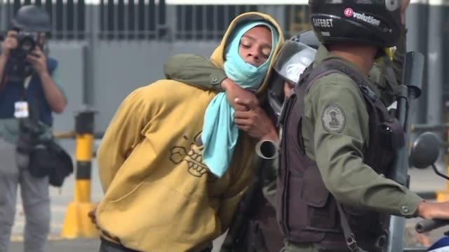 En su ofensiva para detener la Constituyente los opositores cumplieron el jueves la segunda jornada de una huelga general de 48 horas que dejo siete...