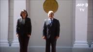 En su visita oficial a El Salvador el viernes la presidenta de Taiwan Tsai Ing wen ratifico su intencion de reforzar las relaciones con el pais...