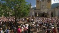 Enthusiastic people, benedict XVI 2008