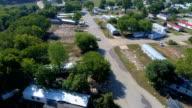 Gehele Gemeenschap weggespoeld uit de zondvloed wateren tijdens massale overstromingen Orkaan Harvey in La Grange, Texas kleine stad Gulf Coast schade zone van deze natuurramp