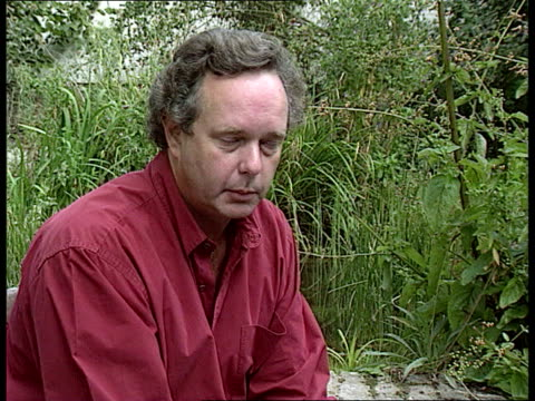 Environment Brent Spar protest Greenpeace apology ENGLAND CMS Peter Melchett intvwd SOT The error doesn't make any difference to our case TGV...