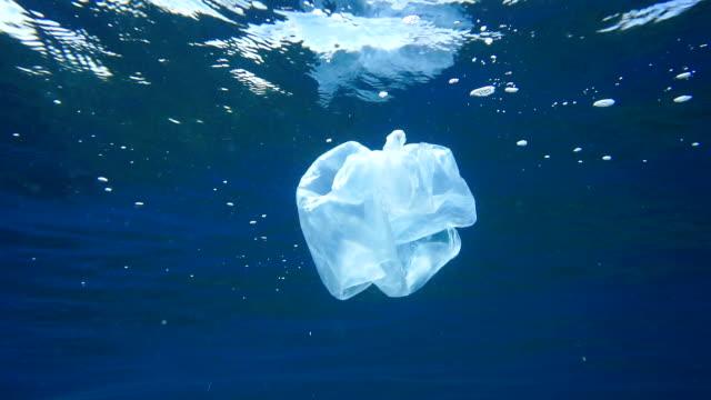 Umweltprobleme: Einzelnutzung Plastikmüll in den Ozeanen