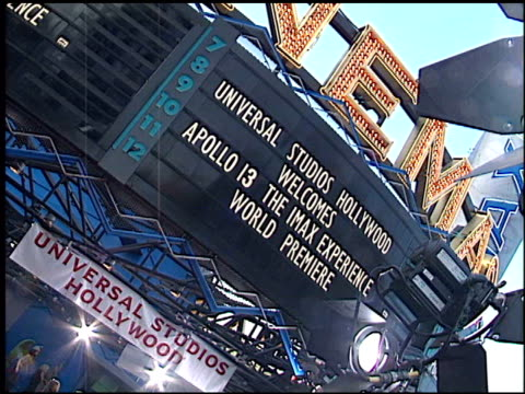 Establishing at the 'Apollo 13' IMAX Premiere at Universal on September 12 2002