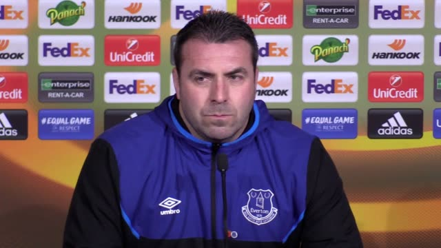Everton caretaker manager David Unsworth and defender Ashley Williams preview the team's Europa League match against Lyon on November 2