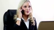 Aufgeregt business-Frauen