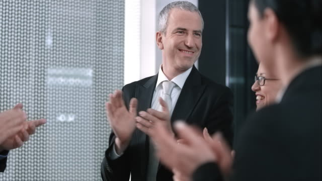 SLO MO Executive director applauding to employees success