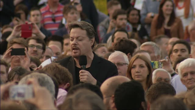 Exterior shots of Eddie Izzard addressing crowd gathered in Trafalgar Square in support of the No Campaign in the Scottish Referendum on September 16...