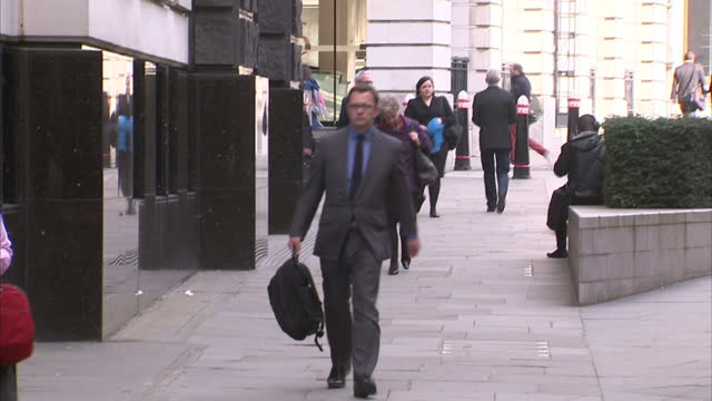 exterior shots Rebekah Brooks Charlie Brooks arrive Timothy Langdale QC arrives Andy Coulson arrives