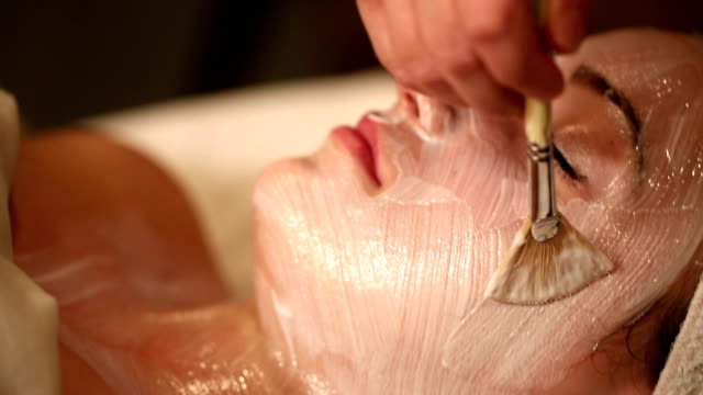 Facial Treatment with Brush Tilt Up