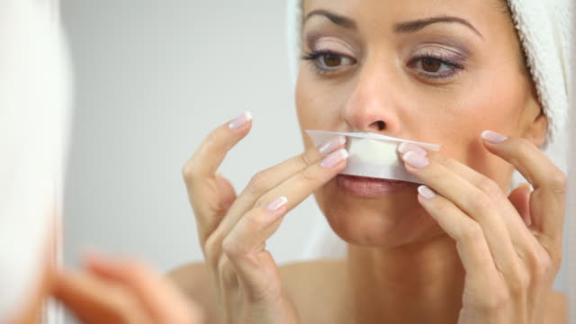 HD 1080: Facial waxing