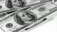 Sinkende Geld Nahaufnahme