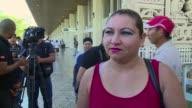 Familiares Jose Salvador Alvarenga esperaban el martes en el aeropuerto de El Salvador para dar la bienvenida al naufrago que reaparecio tras trece...