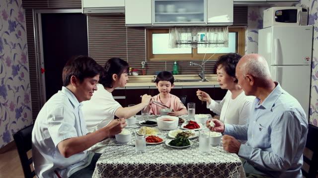 MS Family having breakfast / Seoul, Seoul, South Korea / Seoul, South Korea