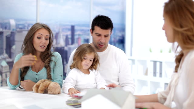 HD: Family Meeting With Real Estate Agent.