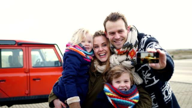 MS Familie das Fotografieren mit Handy