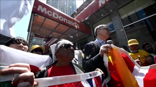 Fast food employees from around the world announced Wednesday in New York that strikes would take place in 150 US cities and protests in 33 countries...