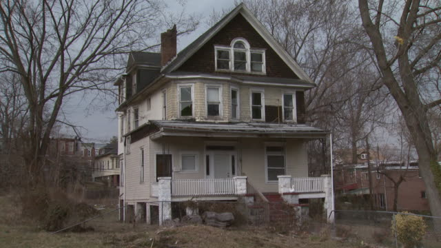February 29 2008 PAN Older gabled house on blocks / Baltimore Maryland United States