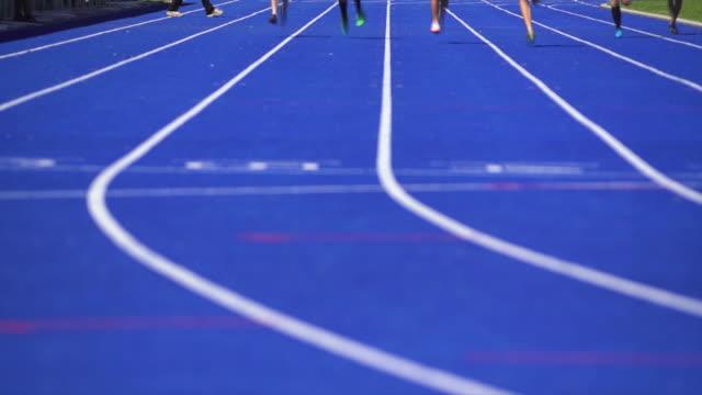 HD Female athletes sprinting