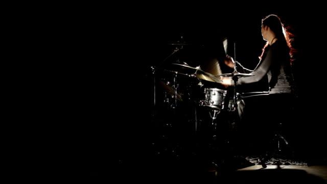 Female Drummer - Schlagzeugerin