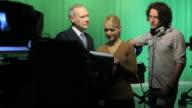 1 Produzent und TV-Moderator meeting
