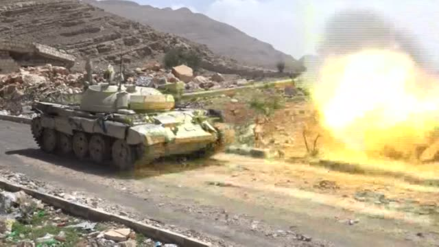 Fighing continued in the Yemeni Nahm province on Monday northeast of Sanaa as crucial talks between Yemen's government and rebels were delayed after...