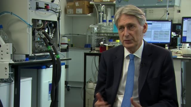 GDP figures suggest interest rate rise more likely London Crick Institute INT Philip Hammond MP set up shots / interview SOT This is a good solid...
