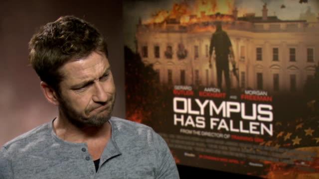 'Olympus Has Fallen' Junket interviews ENGLAND London INT Gerard Butler interview SOT / Aaron Eckhart interview SOT