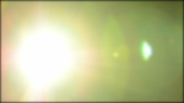 Proiettore cinematografico con luci lampeggianti.