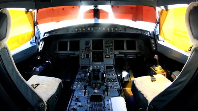 HD Kamerawinkel: Flugzeug-Cockpit Zimmer