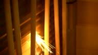 Feuer Zündung von Schneiden Metall in Bau