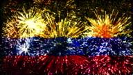 Fuochi d'artificio con bandiera della Colombia
